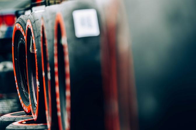 Firestone firma contrato multianual con IndyCar