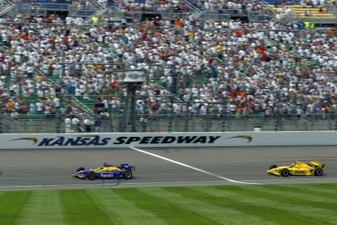 Airton Daré ganó, en 2002, con un auto de Foyt propulsado por Chevy. FOTO: Archivo