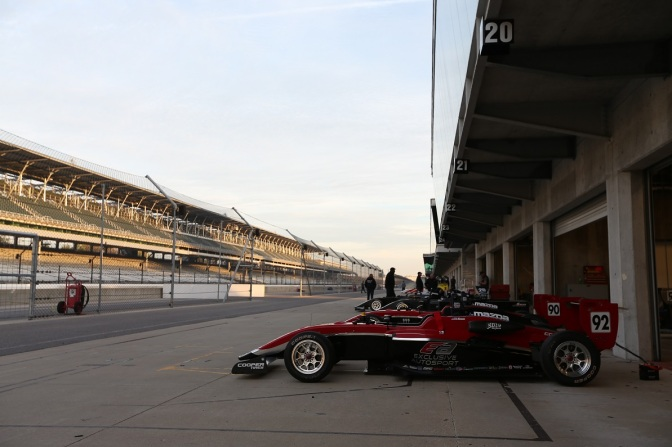 Calendario USF2000 (FOTO: Joe Skibisnki/IMS Photo/Road to Indy)