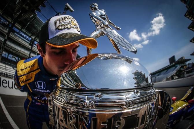 Rossi, en el boleto oficial de la Indy 500