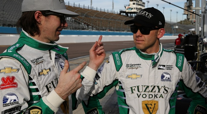 JR Hildebrand y Ed Carpenter (FOTO: Chris Jones/INDYCAR)