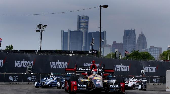 Anuncian cambios para múltiples carreras