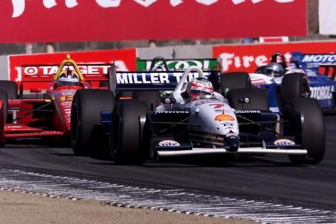 La remontada más grande en circuitos no ovales fue cortesía de Max Papis, en la antepenúltima fecha de la CART en 2001, al iniciar 25° en Laguna Seca (FOTO: Archivo)