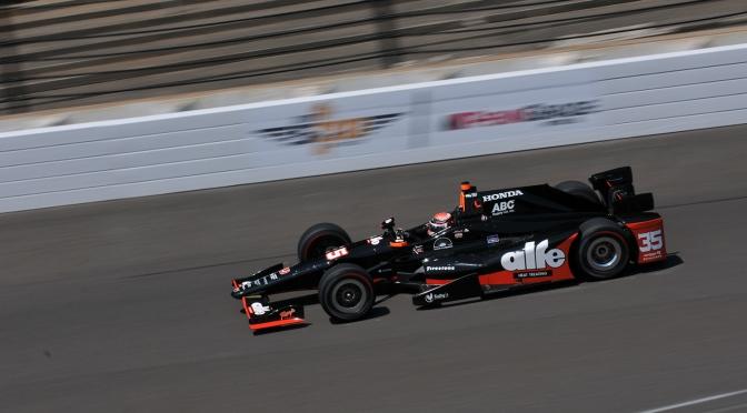Foyt podría quedarse con dos autos para la Indy 500