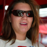 La británica Katherine Legge fue uno de los cuatro participantes que debutaron en Long Beach en Champ Car, en 2006; tras iniciar 17°; finalizó octava (FOTO: Archivo)