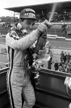 El británico Tommy Byrne. quien corrió de 1986 a 1992, sumó 10 triunfos; sin embargo, tiene el récord de poles (12). FOTO: Archivo