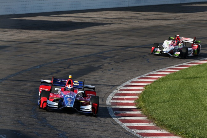 Rossi y Andretti (FOTO: Chris Jones/INDYCAR)