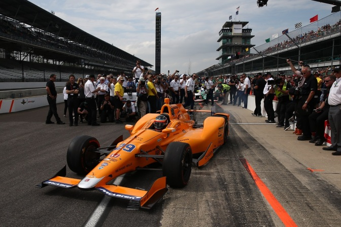 Alonso (FOTO: Chris Jones/INDYCAR)