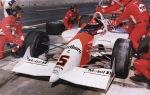 Los años de dominio llegaron gracias a la superioridad de sus autos y motores; en 1992, Emerson Fittipaldi le dio a Penske su pole No. 100 en Cleveland, fecha que ganó con el modelo PC-21 Chevy (FOTO: Facebook Emerson Fittipaldi)