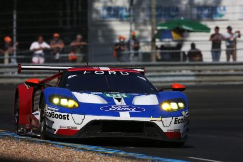 """Kanaan está debutando en las """"24 Horas de Le Mans""""."""