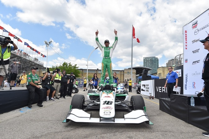 Kaiser no deja resto y gana en Indy Lights