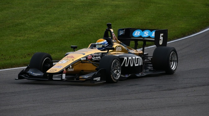 Urrutia (FOTO: Bret Kelley/IMS Photo/Road to Indy)