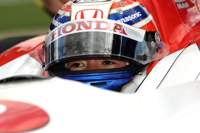 El japonés Hideki Mutoh logró dos podiums durante su paso por IndyCar ocurrieron en Iowa, al ser segundo en 2008 y tercero en 2009. En ambas ediciones, ganó un integrante de Chip Ganassi Racing (Wheldon en 2008 y Franchitti en 2009). FOTO: Archivo.