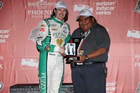 En 2017, JR Hildebrand es el piloto de tiempo completo de Ed Carpenter Racing; su mejor producción fueron el segundo sitio en Iowa y el tercero en Phoenix (FOTO: Chris Jones/INDYCAR)