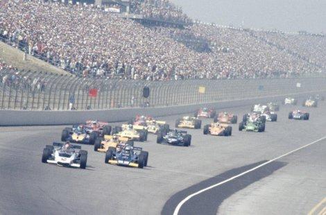 Ontario Motor Speedway recibió a USAC, de 1970 a 1978, y a CART, en 1979 y 1980, para la original California 500; Bobby Unser celebró en cuatro de esas ediciones (FOTO: Archivo)