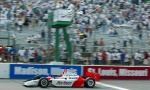La edición que se celebró Gateway en 2003 fue ganada por Helio Castroneves, quien partió en la pole y lideró 96 vueltas, rompiendo una sequía de 20 arranques sin triunfo (FOTO: Archivo)