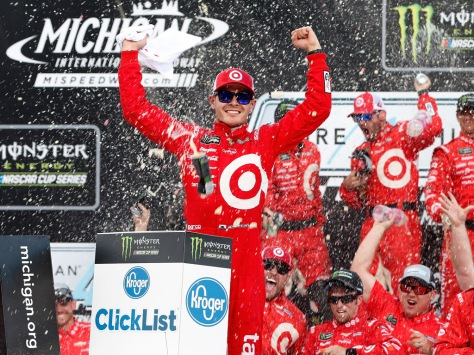 Larson lleva tres victorias en NASCAR Cup (FOTO: Brian Lawdermilk/Getty Images for NASCAR)