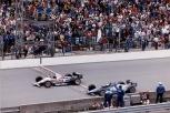 Al Unser Jr. ganó por primera vez en Indy en 2002, al vencer a Scott Goodyear por 27 milésimas; este fue el final más cerrado en la historia de la carrera (FOTO: Indianapolis Motor Speedway)