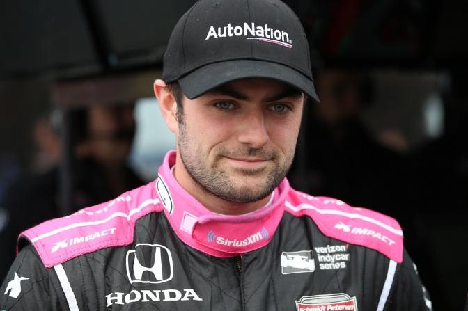Harvey correrá temporada parcial con Schmidt-Shank