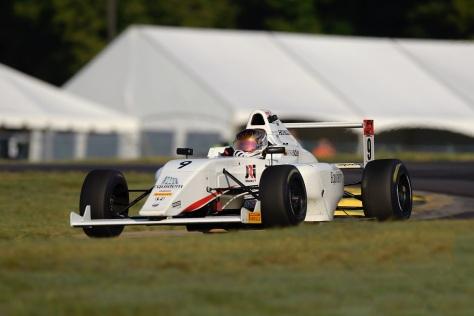 En 2017, sumó tres Top 5's y 15 Top 10's en la Fórmula 4 de Estados Unidos (FOTO: Prensa Mathias Soler/Gavin Baker LAT Images)