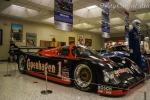 Años después de ganar las pruebas de endurance en Daytona, Sebring y Le Mans, en 1987 y 1988, Foyt también tuvo el privilegio de manejar los Porsche 962 que dominaron la serie IMSA GTP en esa década. A lado de Al Unser Jr. y Elliott Forbes-Robinson, cruzaron la meta en sexto sitio absoluto en Daytona, en 1988 (FOTO: Eduardo Olmos)