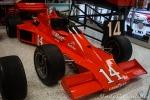 A pesar del nacimiento de CART, Foyt fue leal a USAC mientras fue posible. En 1979, compitió con el chassis VPJ-Ford Cosworth V8 de Parnelli Jones. La anécdota ocurrió en Indy, carrera en la que concluyó segundo, a pesar de que un problema con el motor casi le impide completar la última vuelta. Sería su penúltimo Top 5 en sus 35 arranques en el gran evento (FOTO: Eduardo Olmos)