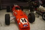 """Solo alguien de la talla de Foyt podía detener el dominio de la """"Invasión Británica"""" que ocupó Indianapolis a mediados de los 60. En 1967, al volante de este chassis Coyote-Ford V8 turbo (tomando ideas del Lotus 38 de Colin Chapman), tomó el liderato a cuatro vueltas del final para lograr su tercer triunfo en el Clásico del Mes de Mayo, siendo además el único hombre en ganar en autos con motores delantero y trasero (FOTO: Eduardo Olmos)"""