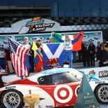 """A Pruett se le recordará más por lo que hizo en sports cars: cinco campeonatos de Grand-Am, tres de Trans-Am, dos en el IMSA GTO, uno en IMSA GT Endurance lo avalan. Además, comparte con Hurley Haywood el récord de más victorias absolutas en las """"24 Horas de Daytona"""" con cinco (1994, 2007, 2008, 2011 y 2013)"""