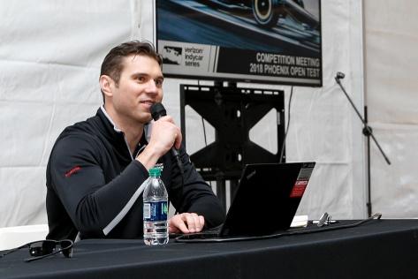 Novak ya dirigió su primera reunión de pilotos en Phoenix (FOTO: Joe Skibisnki/IMS Photo)
