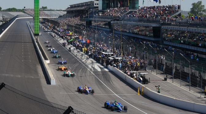 Indy 500 (FOTO: James Black/IMS, LLC Photo)