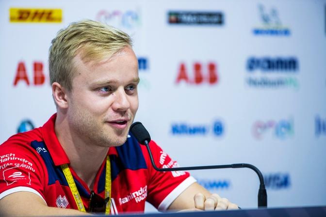 Rosenqvist correrá en IndyCar con Ganassi