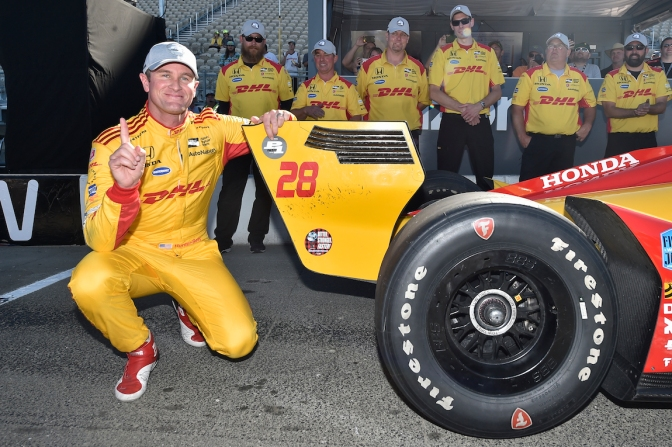 Hunter-Reay le roba la pole a Dixon
