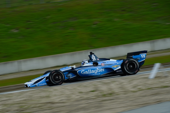 Chilton lidera test en regreso a Laguna Seca