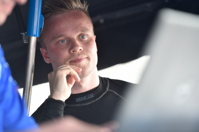 VIDEO: Rosenqvist debuta en Texas mediante test