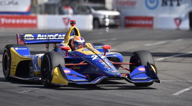 Rossi le quita a Rahal liderato en Práctica 3