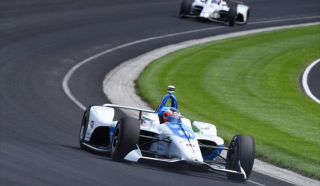 Fuerte accidente de Rosenqvist en prácticas