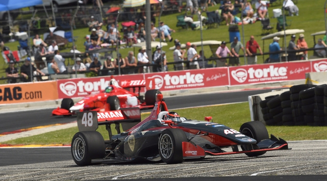 Lights: Norman y VeeKay dominan en Road America