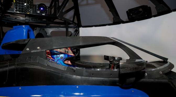 VIDEO: Dixon prueba prototipo de Aeroscreen en sede de Dallara
