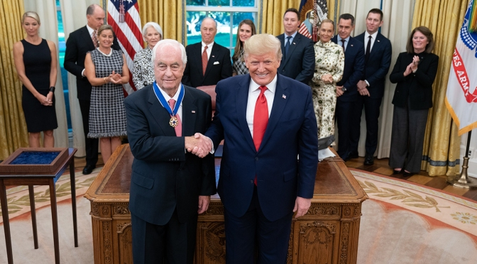 Penske Trump (FOTO: Official White House Photo/Shealah Craighead)