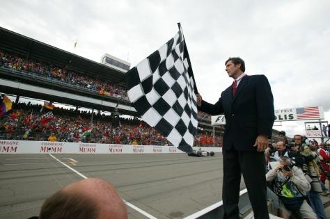 Tony George, personaje amado y odiado en la historia de IndyCar. Aquí, en el GP de Estados Unidos de F1 en 2003 (FOTO: Indianapolis Motor Speedway)