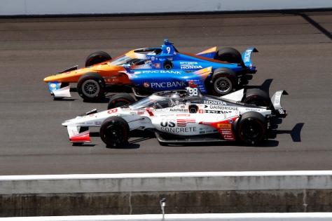 Andretti saboreó el liderato por pocos segundos (FOTO: Chris Jones/INDYCAR)