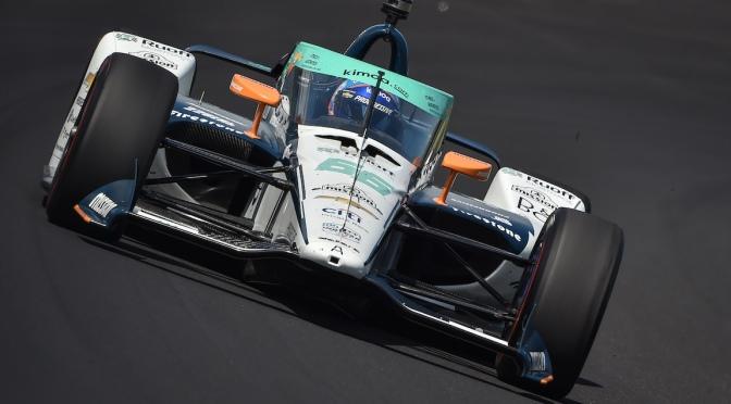 Alonso protagoniza (otra vez) primer accidente en ensayos
