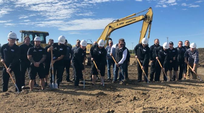 Meyer Shank inaugura construcción de taller nuevo