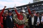 """La temporada 2001 se caracterizó por la primera victoria de Castroneves en las """"500 Millas de Indianápolis"""", tras liderar 52 vueltas. En su último año en CART, finalizó 4º en la general (FOTO: IndyCar)"""