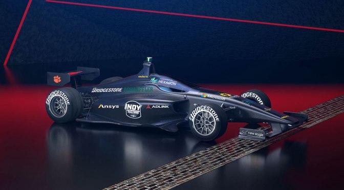 Se presenta competencia con autos autónomos de Indy Lights
