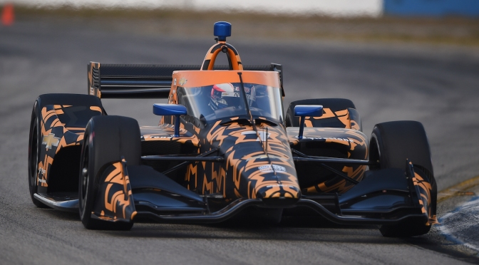 Patricio O'Ward al frente (FOTO: Chris Jones/IndyCar)
