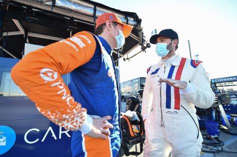 Scott Dixon (izq.) y Jimmie Johnson (der.), de Chip Ganassi Racing, en la primera ronda de pruebas de pretemporada de IndyCar, realizada el 18 de enero en Sebring (FOTO: Chris Owens/IndyCar)