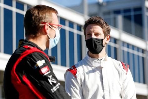 Romain Grosjean y Sébastien Bourdais en la cuarta ronda de pruebas privadas de pretemporada de IndyCar, realizada el 23 de febrero en Barber (FOTO: Joe Skibinski/INDYCAR)