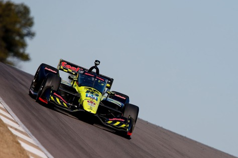 Ed Jones en Alabama (FOTO: Joe Skibinski/INDYCAR)