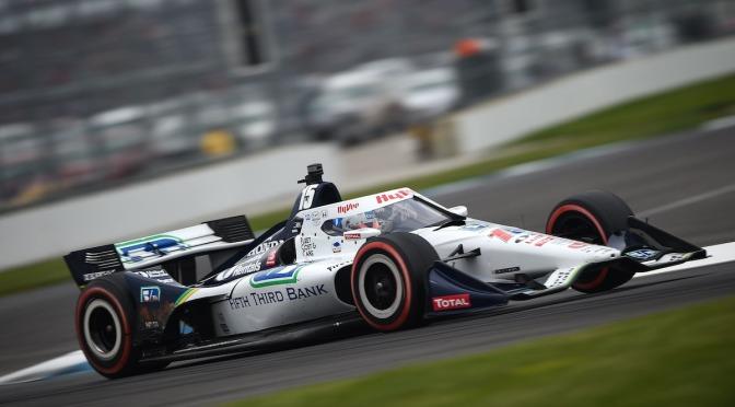 Rahal rescató Top 5 en GP de Indy